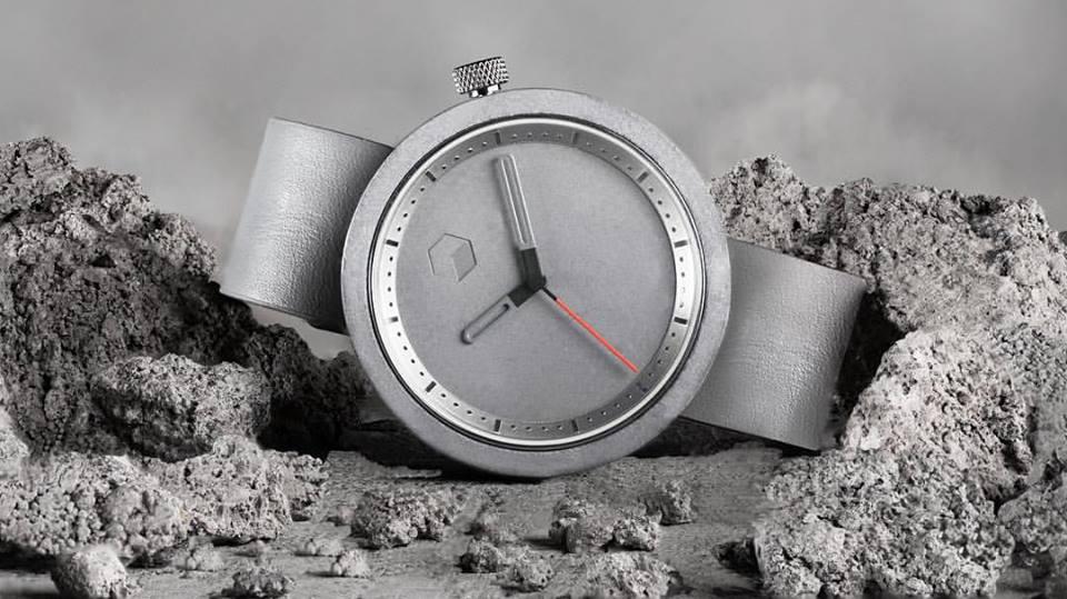 Aggregate Watches concrete