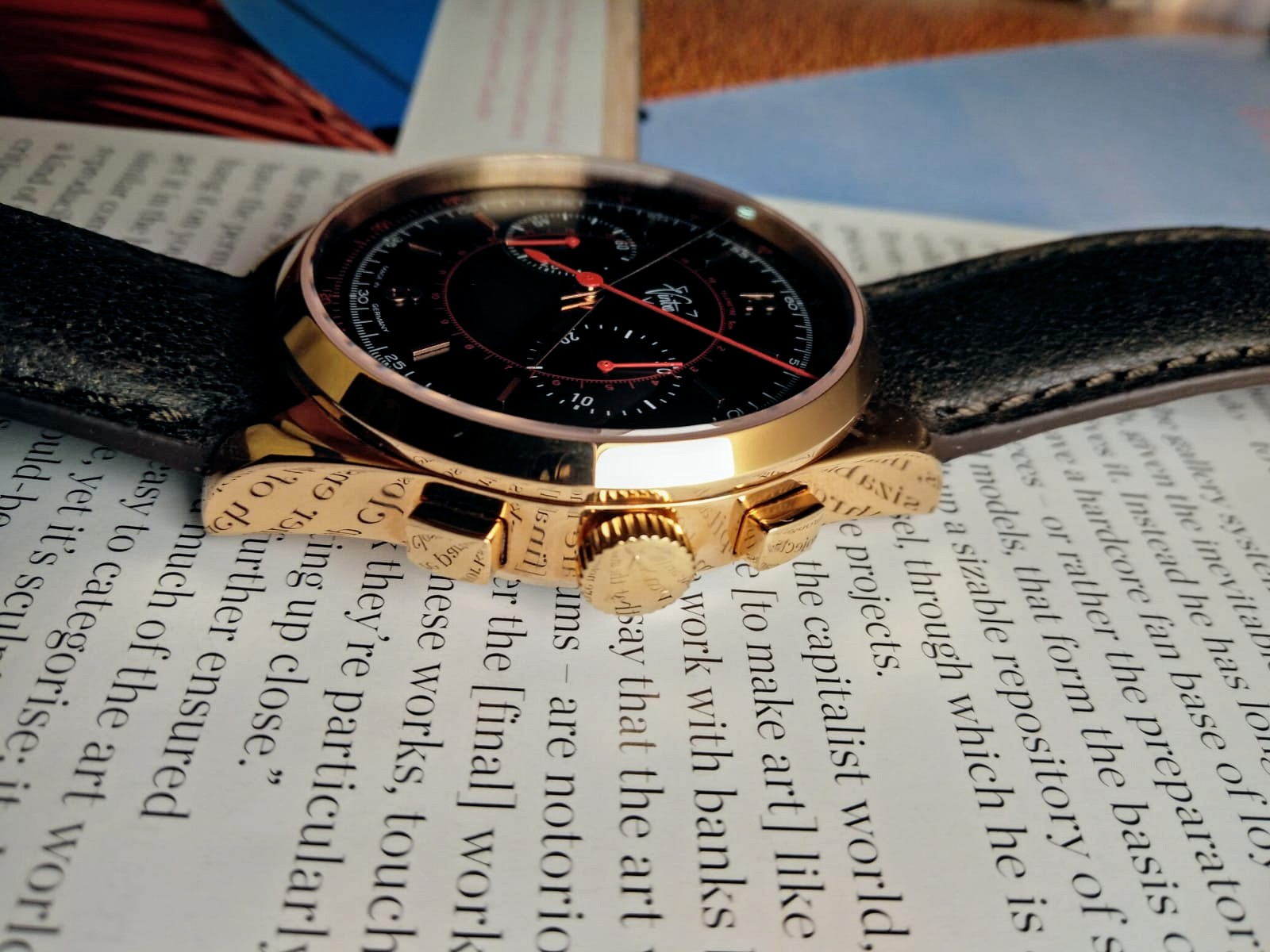Rose gold casing Le Mans 1952 Chronograph